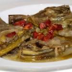 Alcachofas con espárragos trigueros y tacos de jamón - RECETA