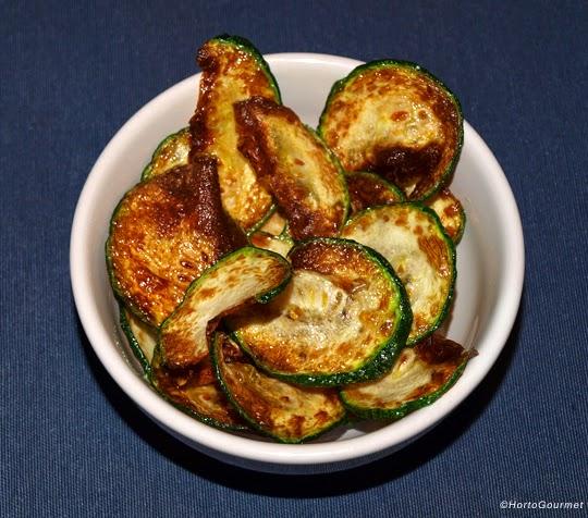 Chips de calabacín fritas