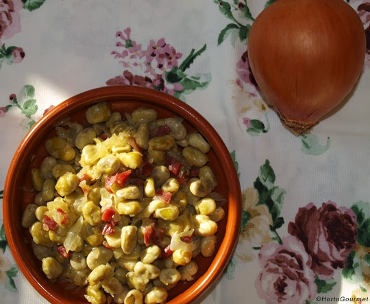 Habas con jam n ib rico y cebolla hortogourmet gastronom a - Platos con jamon iberico ...