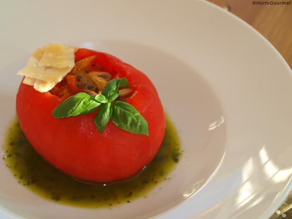 RECETA: Tomate relleno de verduras