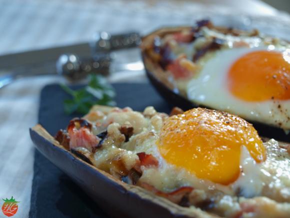 Berenjena rellena con huevo