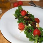 Ensalada de canónigos con sandía y frutos secos - RECETA