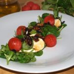 Ensalada de brotes, sandía y frutos secos – RECETA