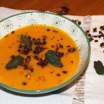 Sopa de calabaza con hojas de salvia - RECETA