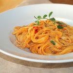 Bavette con salsa de tomate y jengibre – RECETA