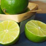 La lima, la hermana pequeña del limón
