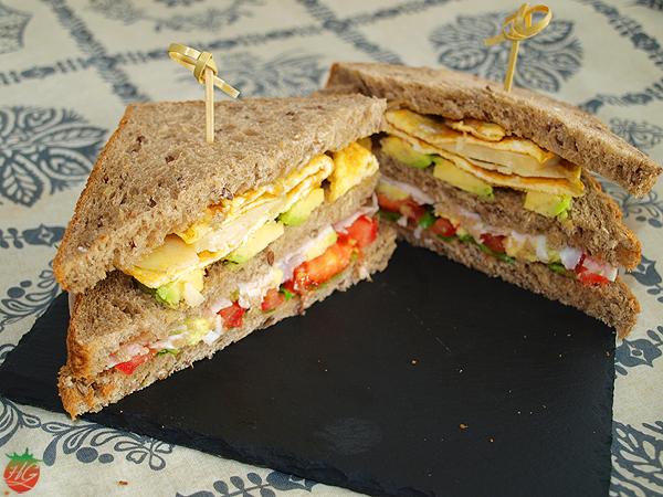 Receta Sándwich de aguacate y huevo HortoGourmet