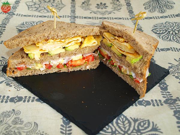 Sándwich de aguacate y huevo HortoGourmet