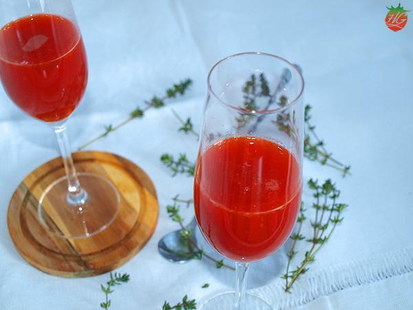 Bellini de naranja sanguina y pimiento asado