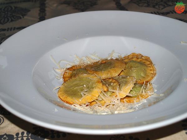 Raviolis de espinacas y queso ricotta