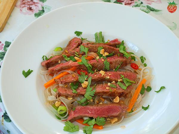Receta Ensalada tailandesa de fideos y ternera HortoGourmet