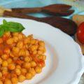 Garbanzos fritos con tomate - RECETA